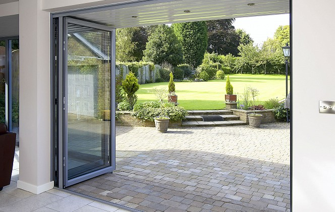 10 essential questions you MUST ask your bifold door installers