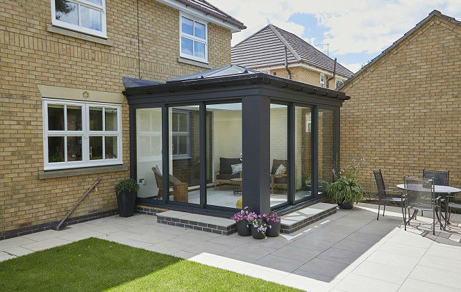 What's the (subtle) difference between orangeries and conservatories?